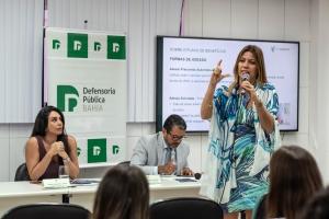 Dra. Mônica Aragão encerrou a mesa do evento